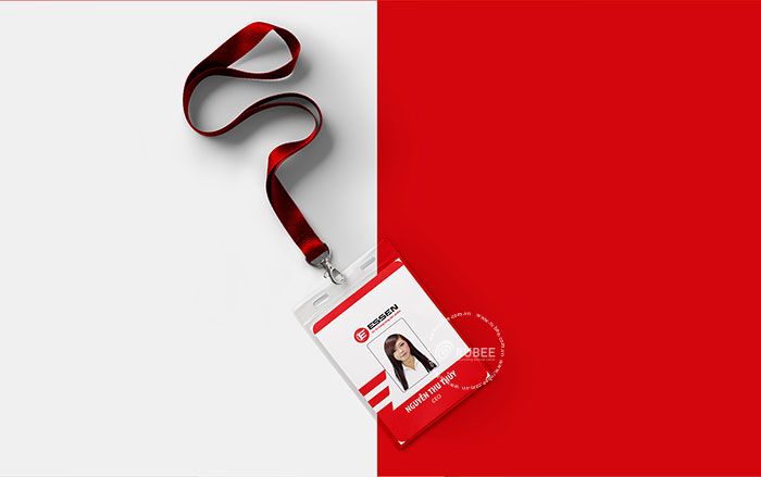 Phối cảnh thiết kế logo Essen lên thẻ nhân viên