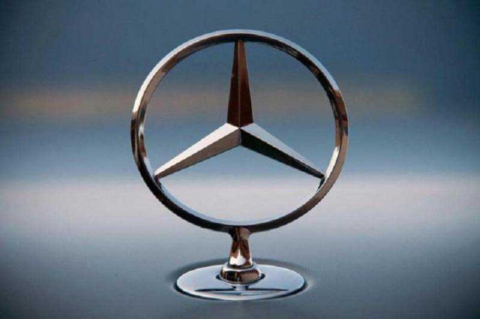 Nguồn gốc của ngôi sao ba cánh trên logo mercedes